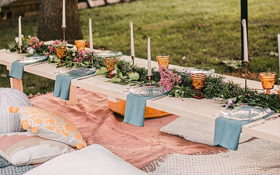 Your Beautiful Backyard Oasis: Tips and Tricks for Adding Depth to Outdoor Dining at Home